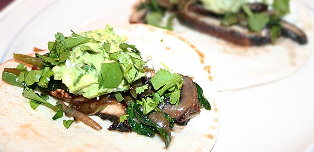 Spinach & Grilled Portabella Fajitas
